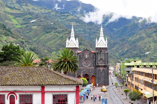 Baños: Seeing the Sights, Hiking the Hills
