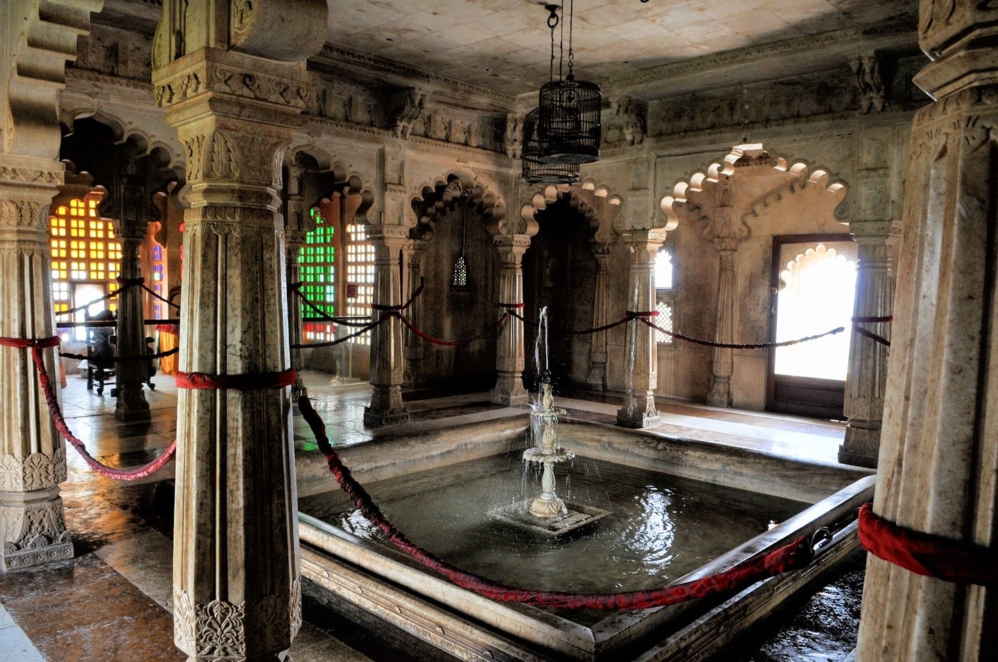 inside Udaipur City Palace things to do