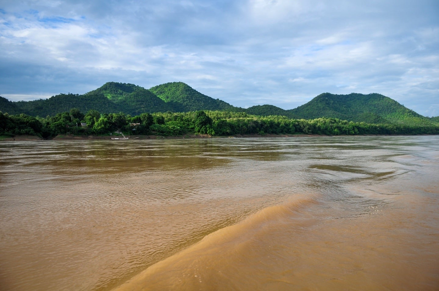 mekong river laos