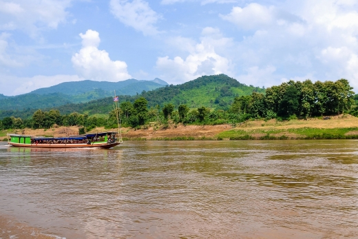 Slow Boat to Luang Prabang (Laos): Insider's Guide + Tips