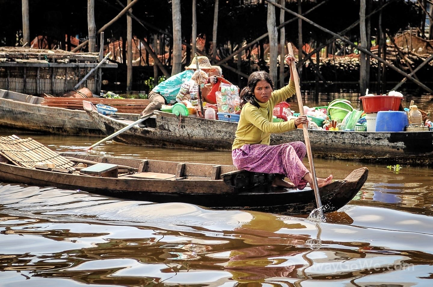 kompung phluk floating village cambodia