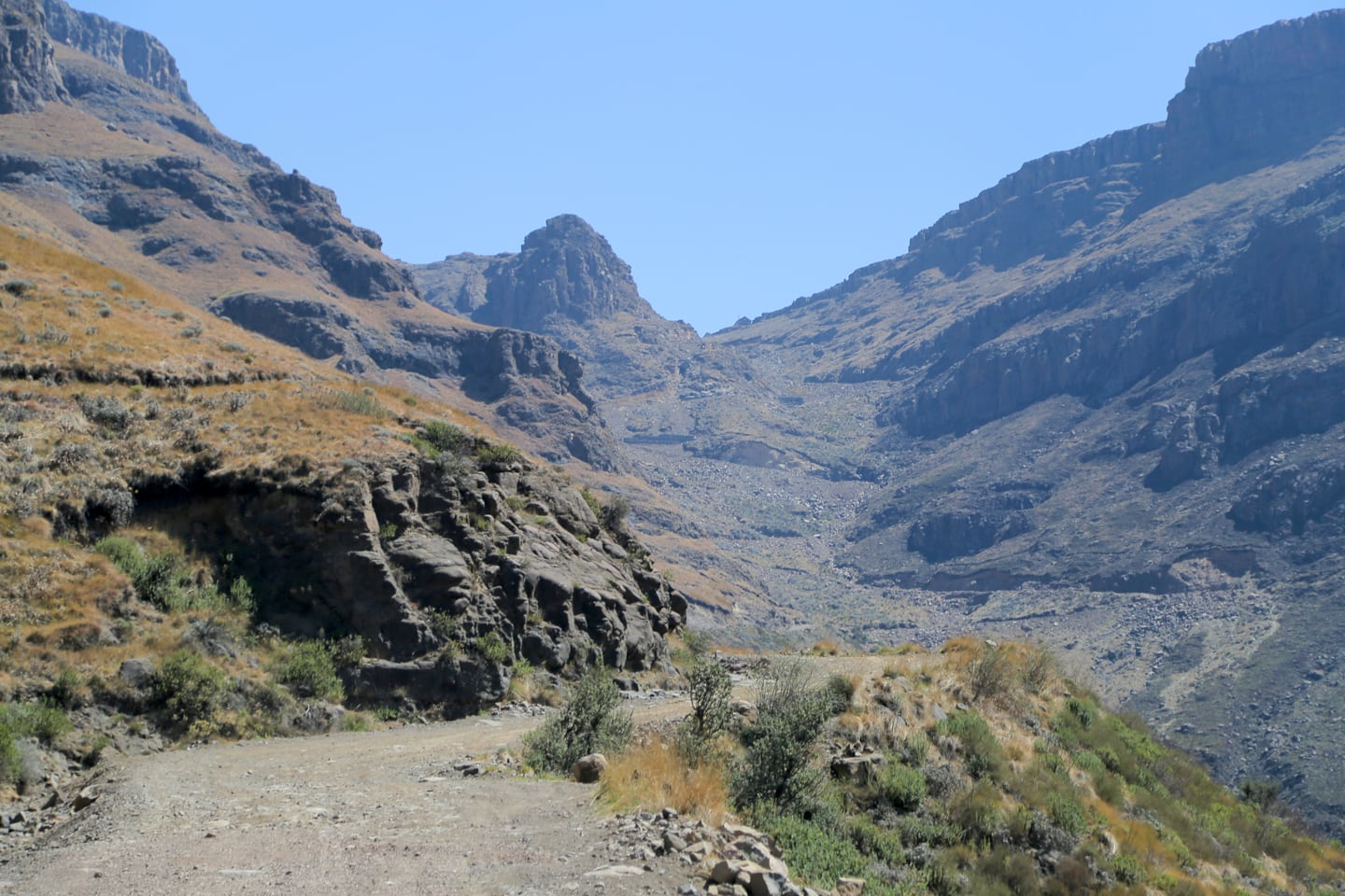 Sani Pass Tour road to Lesotho