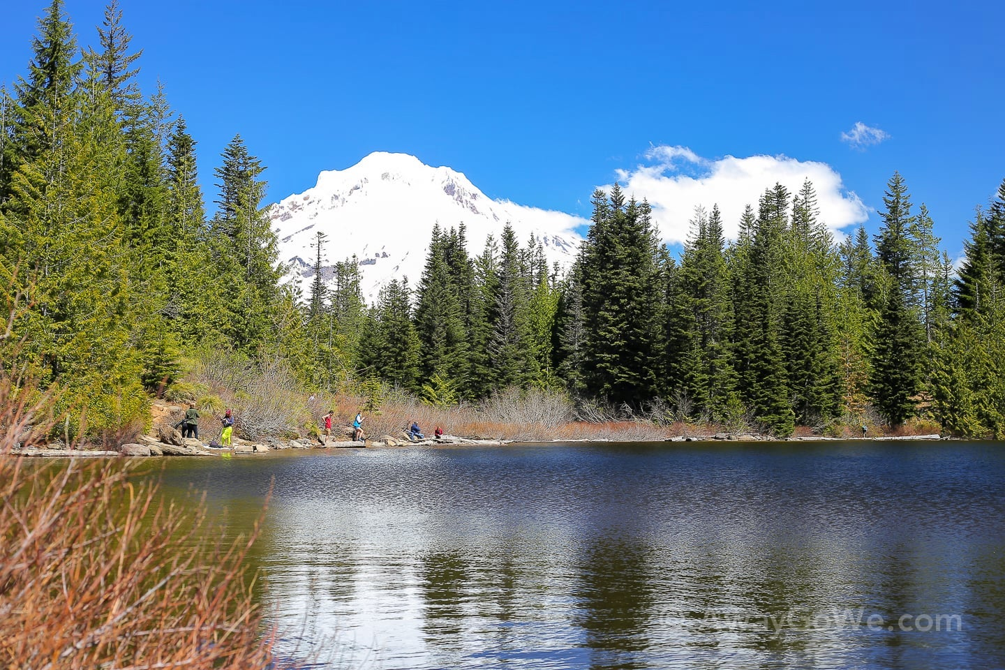 mirror lake hike mt hood oregon