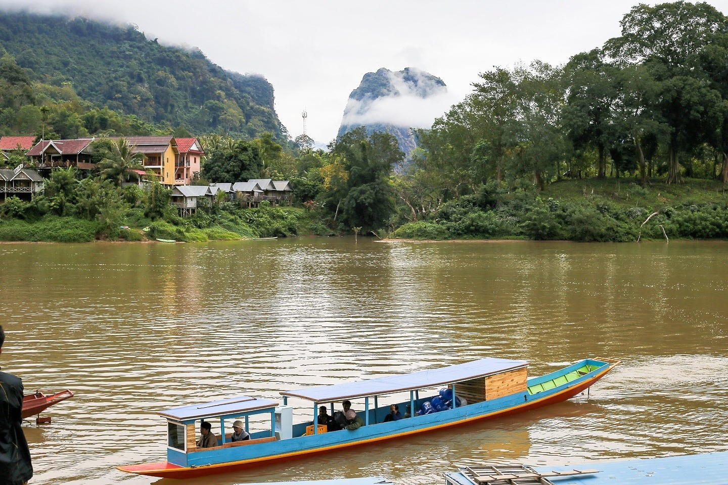 ou river boat trip start point in nong khiaw