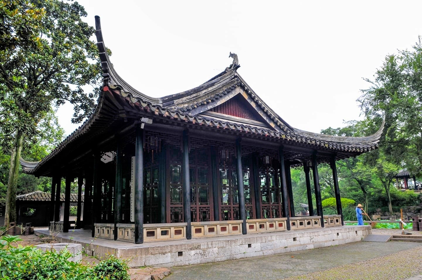 things to do in suzhou old town classical gardens