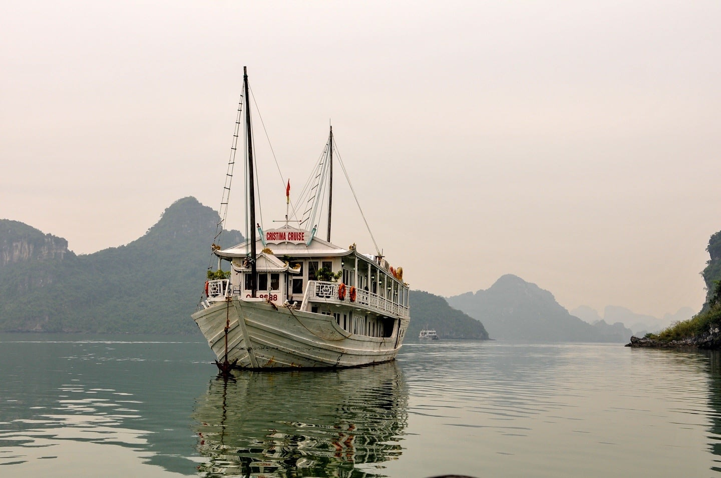 cristina cruise boat halong bay 3 day cruise vietnam