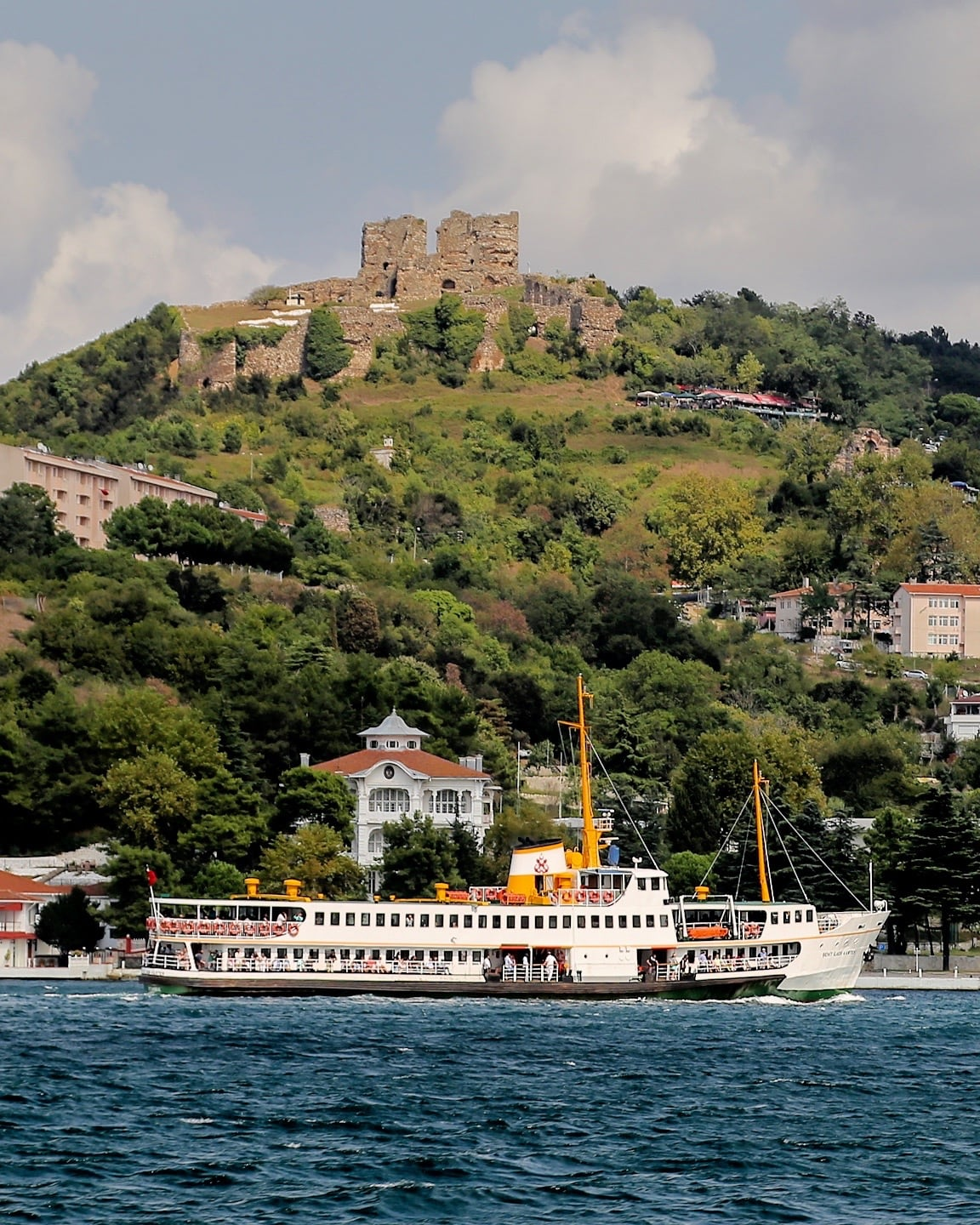 bosphorus cruise istanbul with kids