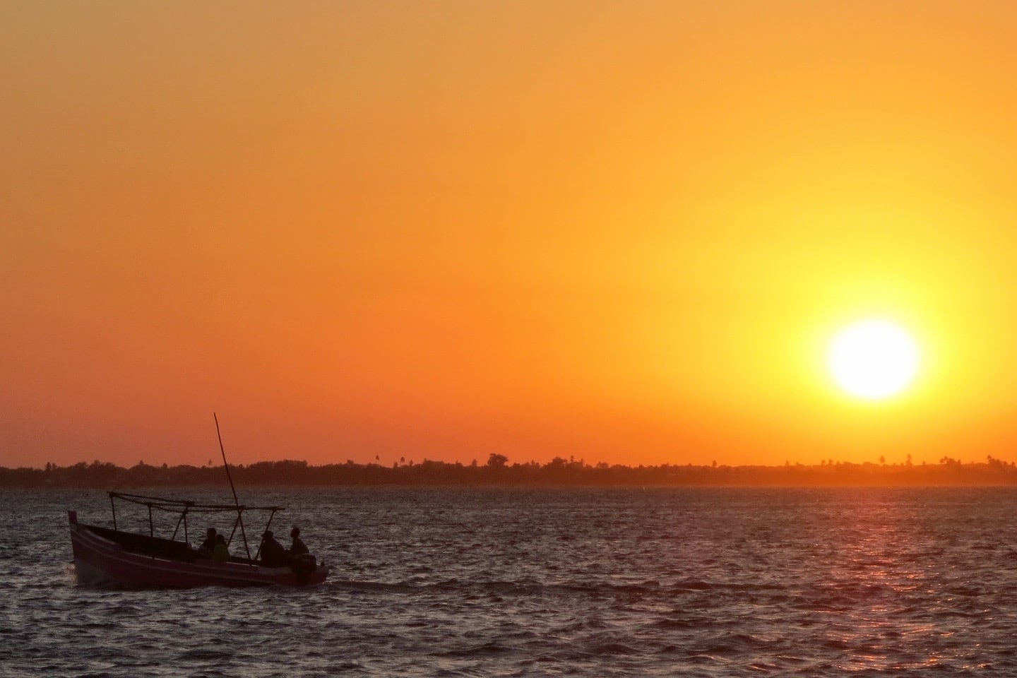 Ilha de Mocambique sunset with dhow