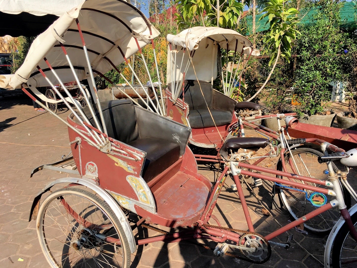 traditional lao pedicabs vientiane