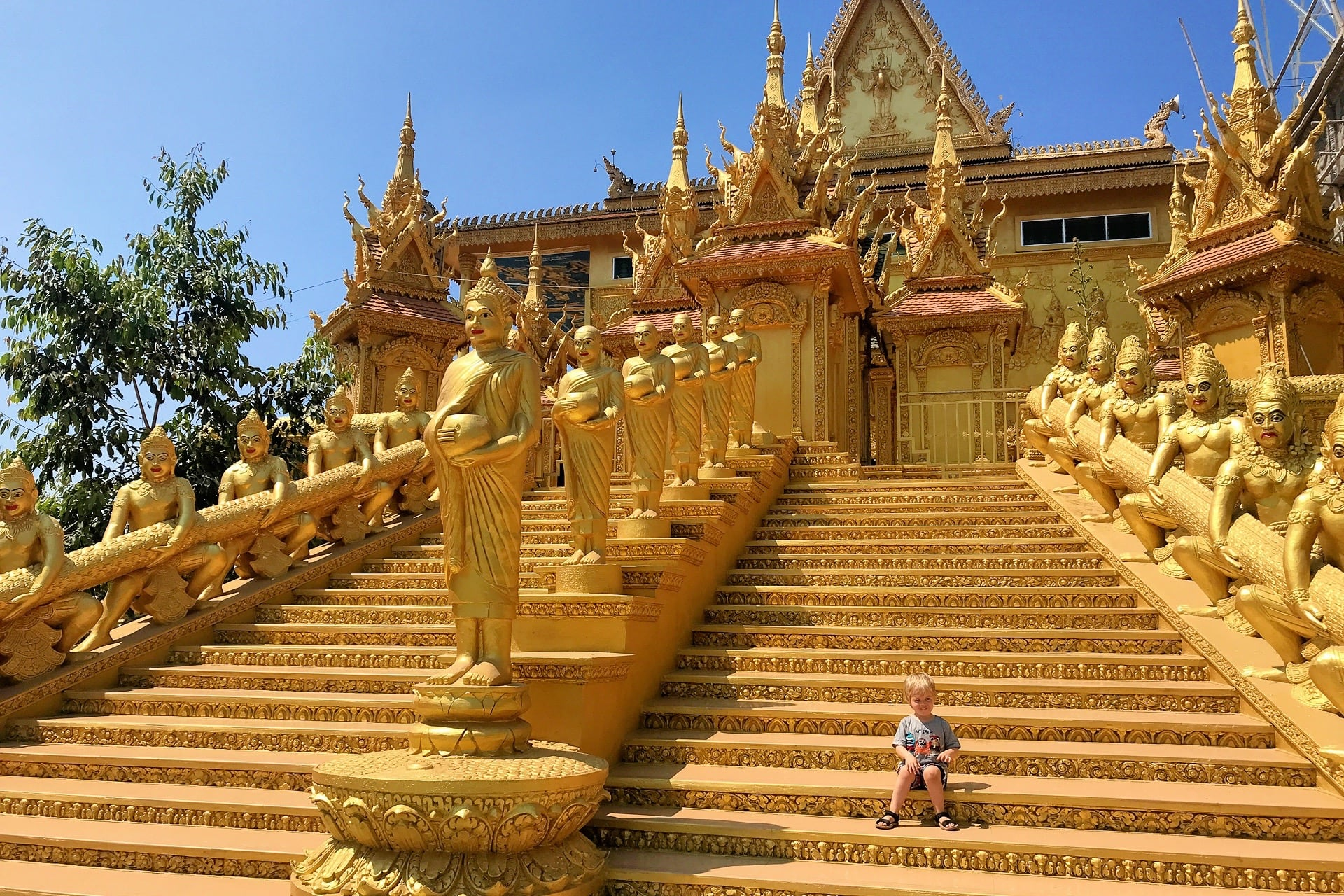 Visiting the Golden Temple of Phnom Penh (Without Getting Lost!)